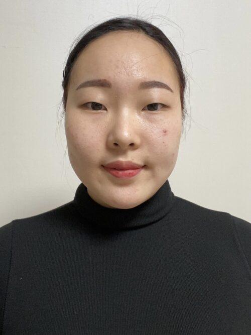 崔    伊(チェ    ユン)